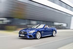 Mercedes Benz SL 3 1865800 300x200 - Nuova mercedes SL, torna la leggenda