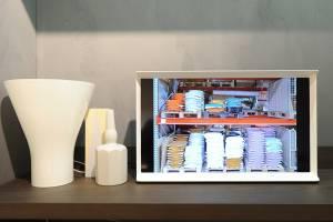 Samsung SerifTV MolteniC Vitra 01 300x200 - Nuovo concetto di televisore: arriva Samsung con Serif TV