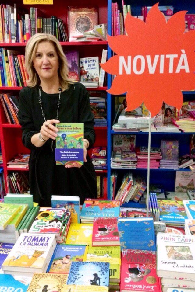 """img 6385 - La """"scrittora"""" Cinzia Alibrandi tra gli ospiti di punta al 'Book Pride' di Milano"""