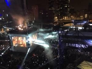 laser show milano samsung1 e1457713537890 300x225 - Laser Show Milano: Samsung illumina l'arrivo di Galaxy S7