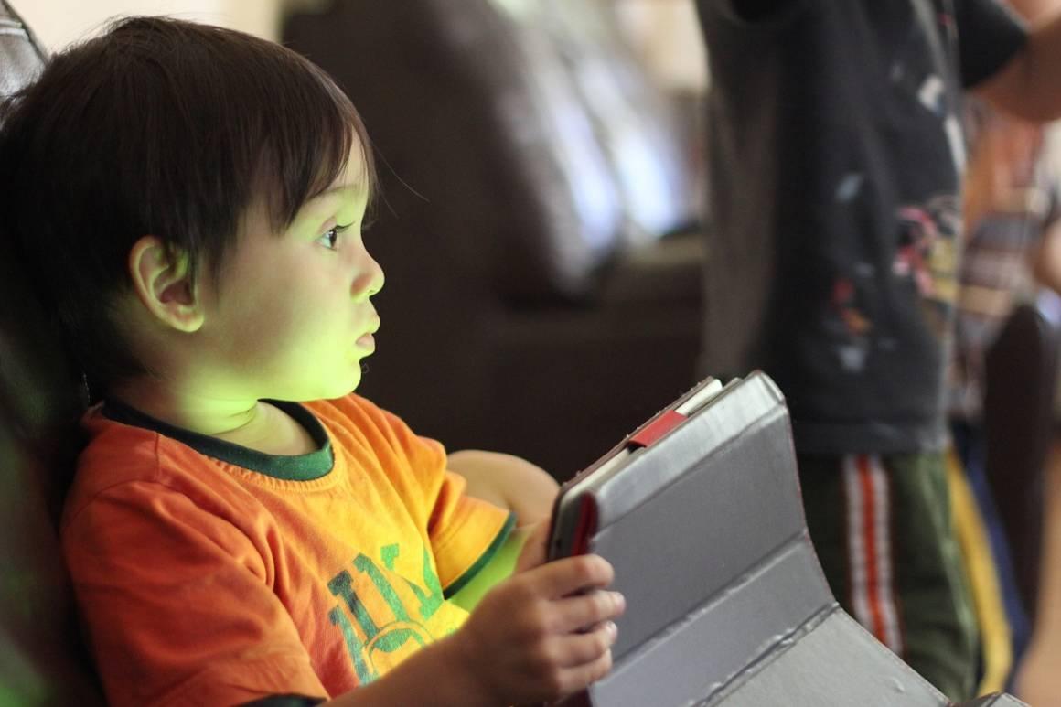tablet children 1460978420 1160x773 - Migliori tablet per bambini: guida all'acquisto scontato