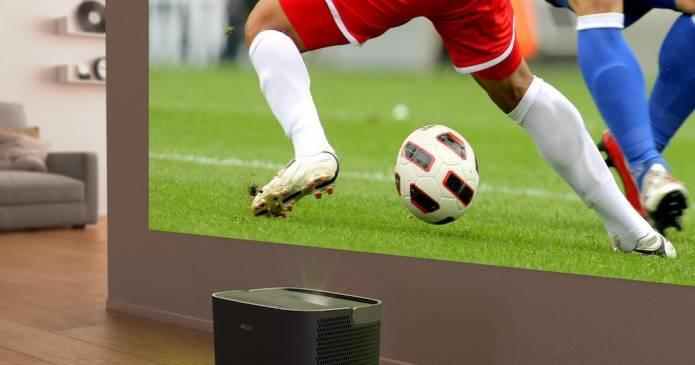 Guardare i mondiali di calcio su 120 pollici con Philips Screeneo 2.0