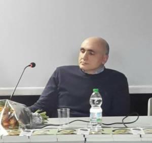 """img 4123 300x282 - Intervista a Lorenzo Galantino e il romanzo d'esordio """"Tutto appariva in bianco e nero."""""""
