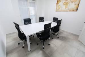 img 4197 1 300x200 - #Offisquare, lo spazio innovativo per il #PROworking