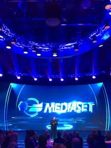 PRESENTAZIONE DEI PALINSESTI MEDIASET NIGHT08 225x300 - Palinsesti Mediaset: Piersilvio Berlusconi rilancia il futuro del gruppo