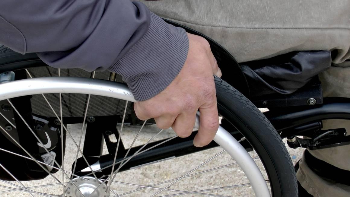 disabile 1469002105 1160x653 - Arrestato l'aggressore del disabile ad Olbia, anche se...