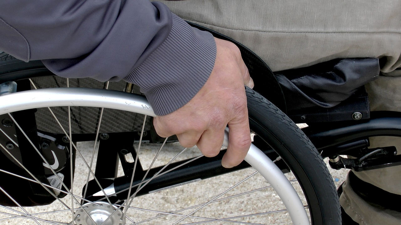 disabile 1469002105 - Arrestato l'aggressore del disabile ad Olbia, anche se...