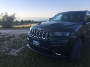test drive grand cherokee srt10 300x225 - Jeep Grand Cherokee SRT: prova su strada a Pozzolengo