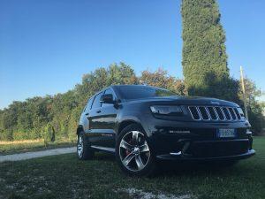 test drive grand cherokee srt19 300x225 - Jeep Grand Cherokee SRT: prova su strada a Pozzolengo