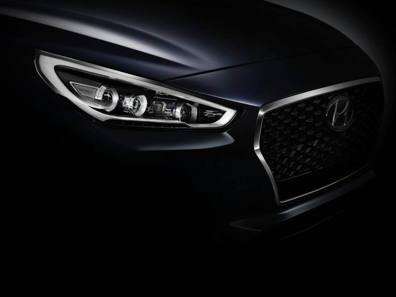 new generation hyundai i30 teaser grille 800x600 - Hyundai i30 New Generation ecco i dettagli in anteprima assoluta