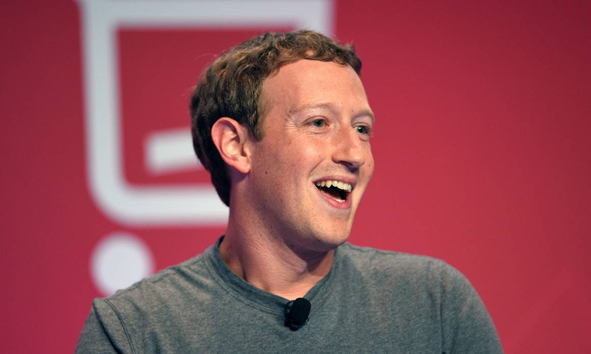 zuckerberg 1160x696 - Mark Zuckerberg incontra gli italiani a Roma: ecco cosa ci racconterà