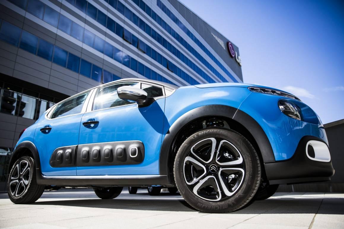 Nuova Citroen C3 Facebook e condividi istantaneamente foto e video della strada 1160x773 - Nuova Citroën C3 Facebook e condividi istantaneamente foto e video della strada