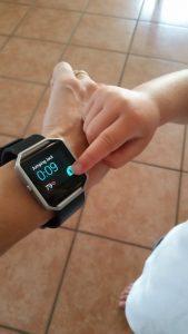 rsz jumping con manina 169x300 - FitBit Blaze: lo smartwatch perfetto per le mamme e per perdere peso