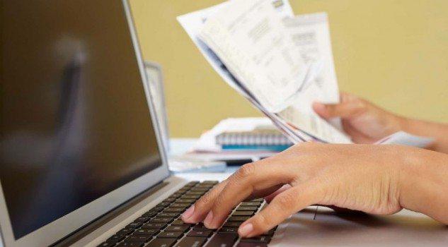 Bolletta web semplice come navigare su un sito - Leggere la bolletta via web in maniera semplice navigando su un sito dedicato