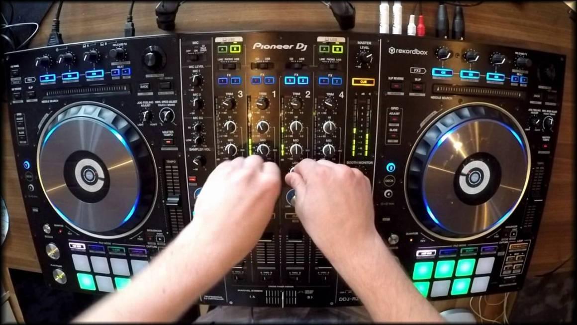Animare le feste con gli amici grazie alle migliori consolle DJ 1160x653 - Animare le feste con gli amici grazie alle migliori consolle DJ!