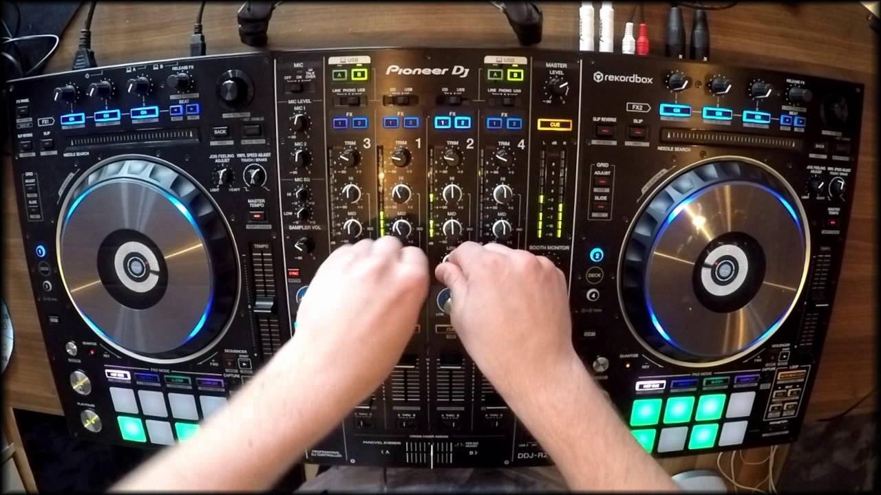 Animare le feste con gli amici grazie alle migliori consolle DJ!