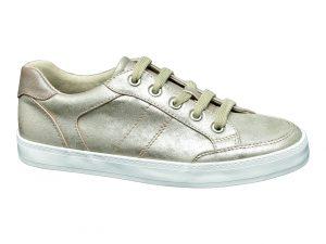 dei 1 102 426 300x225 - Tendenze scarpe primavera estate 2017: la nuova collezione Deichmann