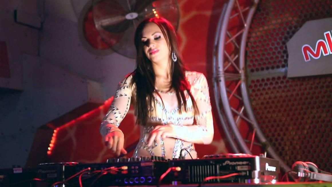miglior mixer dj 1160x653 - Diventa un deejay di successo con il miglior mixer dj: guida all'acquisto