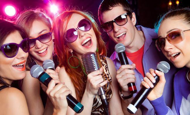 Canta con il migliore microfono professionale e diventa una star della musica!