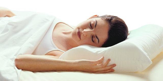Dormi bene e riposa comodamente con i migliori cuscini cervicale