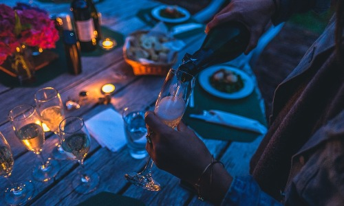 fig 24 12 2016 08 54 30 - Lo spumante italiano batte lo champagne francese