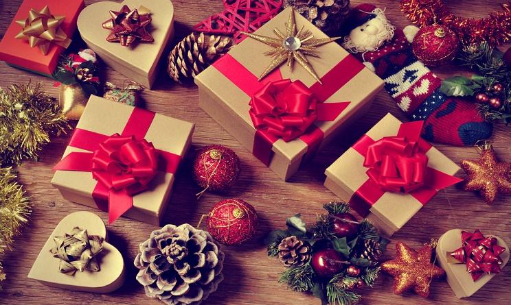 Natale 2016: dai un tocco glamour al tuo appartamento con i migliori regali per la casa!