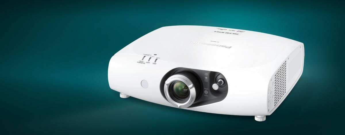 Porta il cinema a casa tua con i migliori videoproiettori economici: guida completa