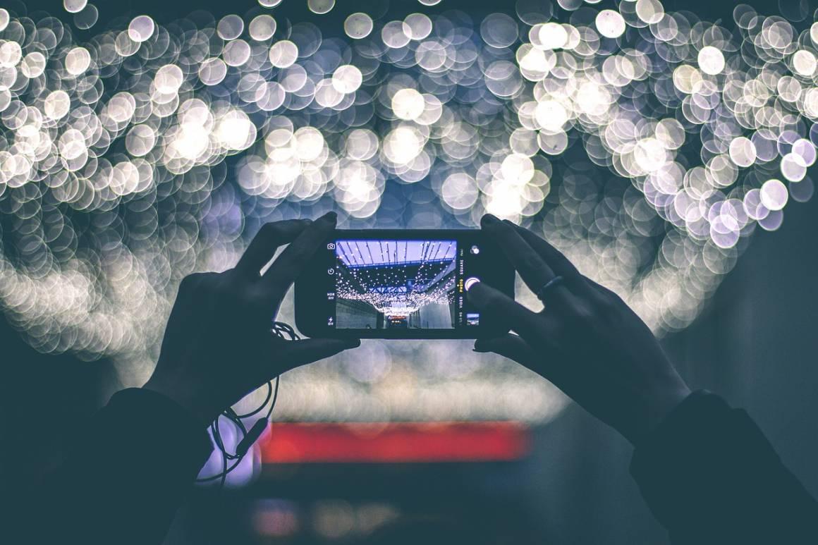 photography 801891 1280 1160x773 - Acquistare uno Smartphone con Batteria a Lunga Durata con alcuni segreti e suggerimenti