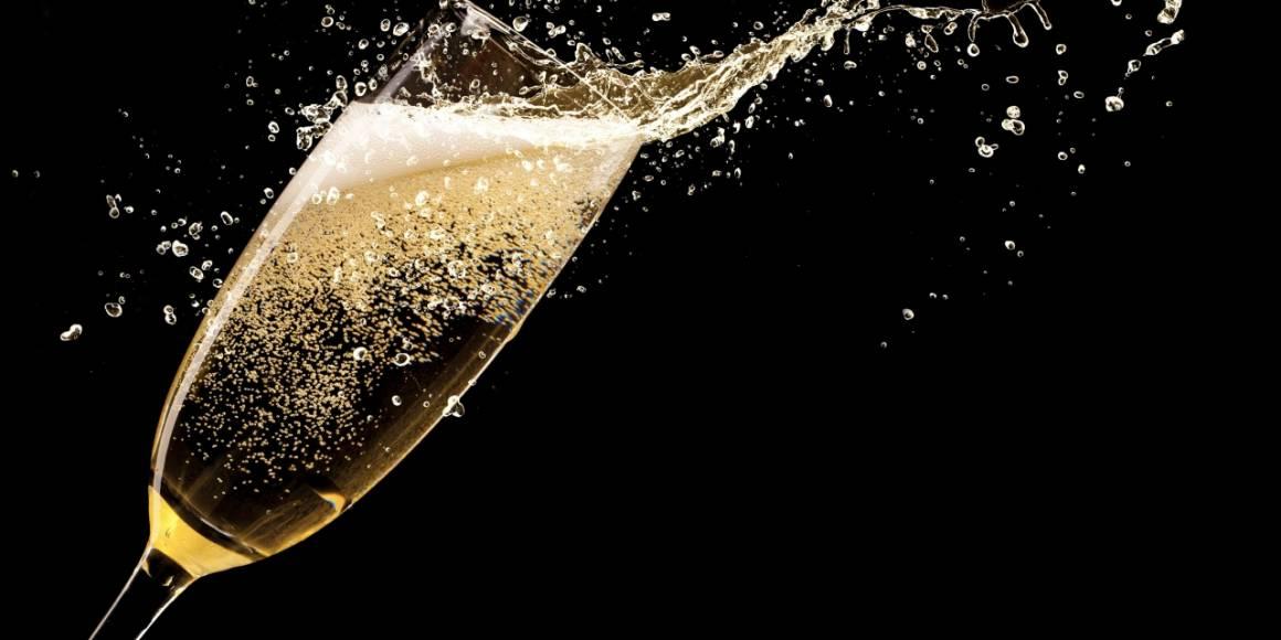 spumante 1160x580 - Lo Spritz conquista i francesi, è boom di export per lo spumante italiano