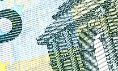 fig 03 01 2017 07 57 43 - Euro sì euro no, compie 15 anni la moneta della discordia