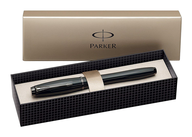 Dai un tocco glamour alla tua scrivania con le migliori penne stilografiche