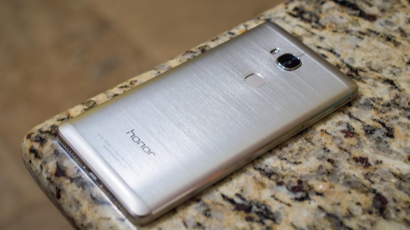 Risparmia acquistando uno dei migliori cellulari Honor con la classifica di Amazon