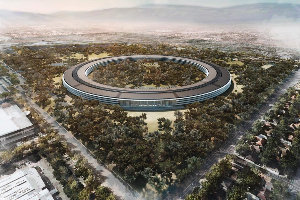Apple park - iPhone e tutti i prodotti Apple saranno in materiali riciclati