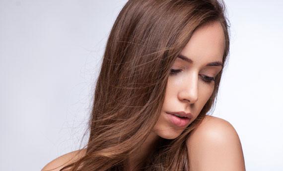 Trova i prodotti per lo styling dei capelli economici per creare acconciature da favola!
