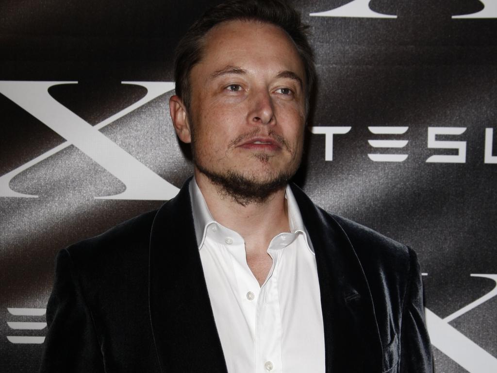 elon - Elon Musk, nuova frontiera per l'intelligenza artificiale: cervello collegato al computer