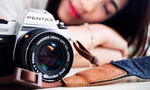 Utilizza con stile la tua macchina fotografica con la migliore cinghia reflex