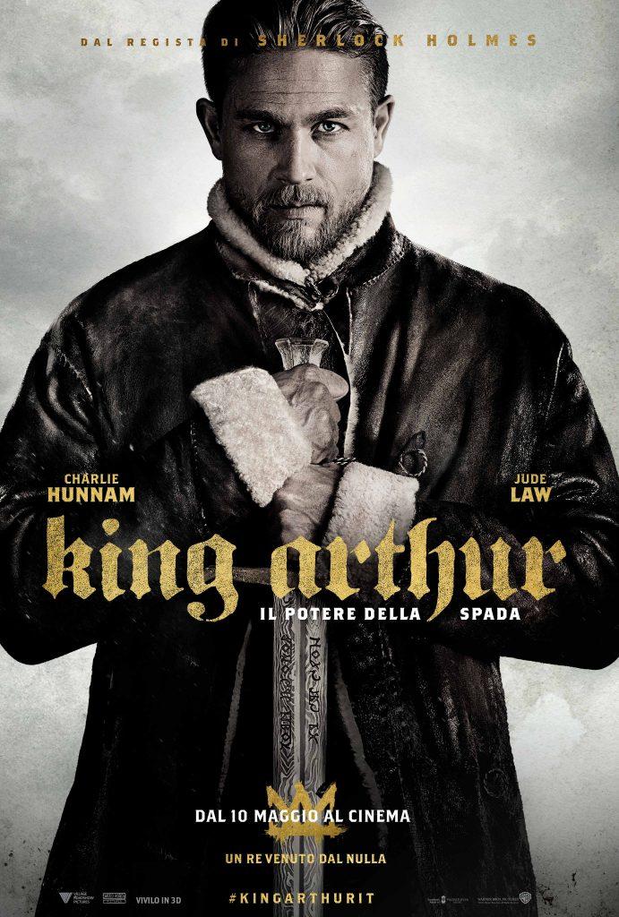 ITA KARTH VERT MAIN 2764x4096 master rev 1 2 691x1024 - Charlie Hunnam sul poster ufficiale italiano di King Arthur - Il potere della spada