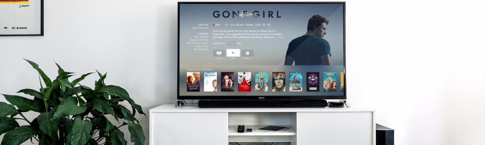 Guardare la tv nel modo migliore possibile con i superschermi da 50 pollici