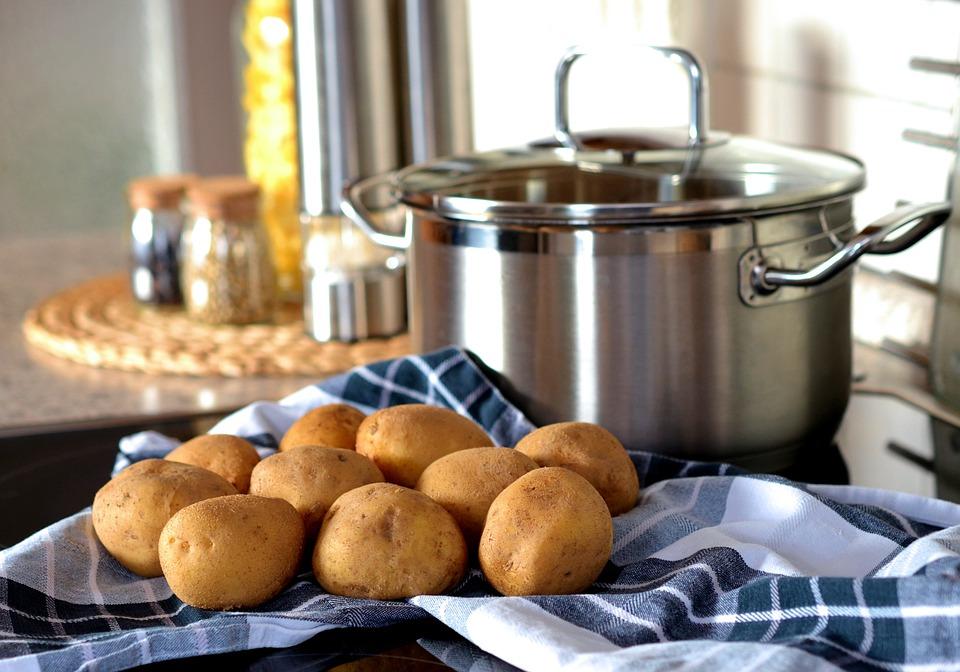 Cucinare alla grande utilizzando il migliore set di pentole più economiche sul web