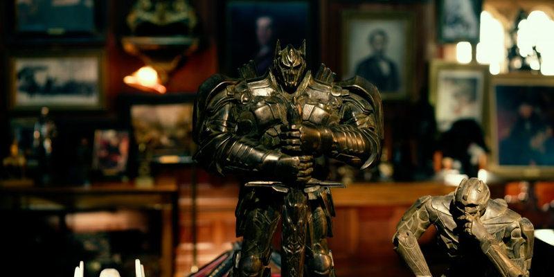 transformers 02 - I protagonisti di Transformers: L'Ultimo Cavaliere ritratti sui nuovi poster