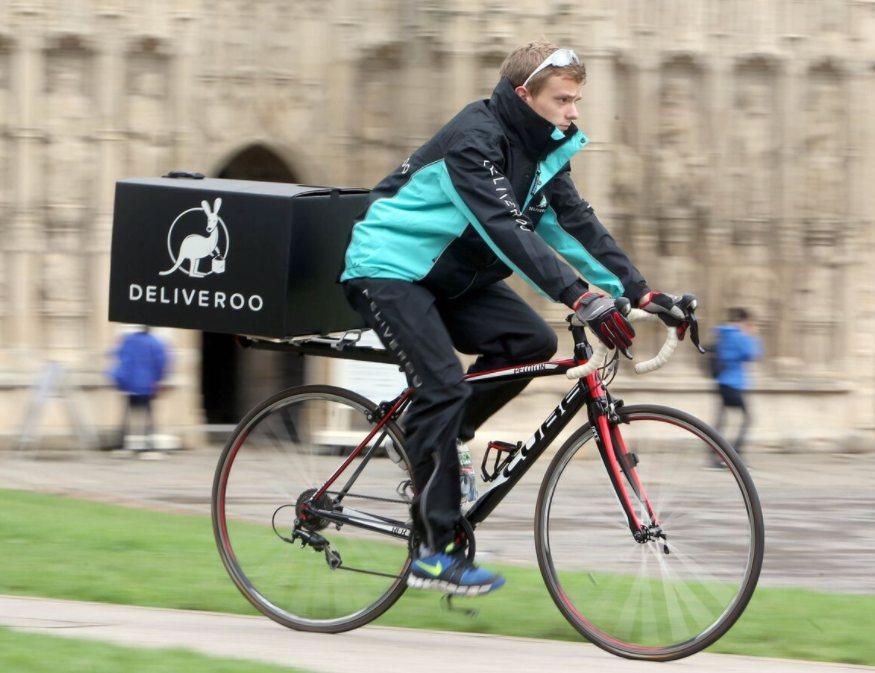 delive - Gli Italiani in vacanza usano sempre più i servizi di food-delivery