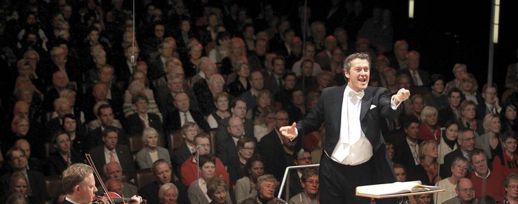 Markus Poschner 01 %E2%94%AC%C2%AE Frank Thomas Koch 1024x403 - Luganomusica: parte la terza stagione con la musica contemporanea e Chailly