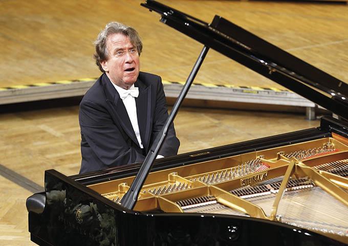 Rudolf Buchbinder 06 %E2%94%AC%C2%AE Bruno Fidrych - Luganomusica: parte la terza stagione con la musica contemporanea e Chailly