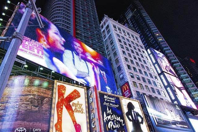 times square 1457783 640 - A New York andare a teatro costa la metà fino all'8 ottobre