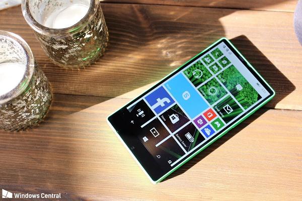 Microsoft Lumia 435 Vela - Microsoft Lumia 435, il primo smartphone senza cornici che non è mai nato