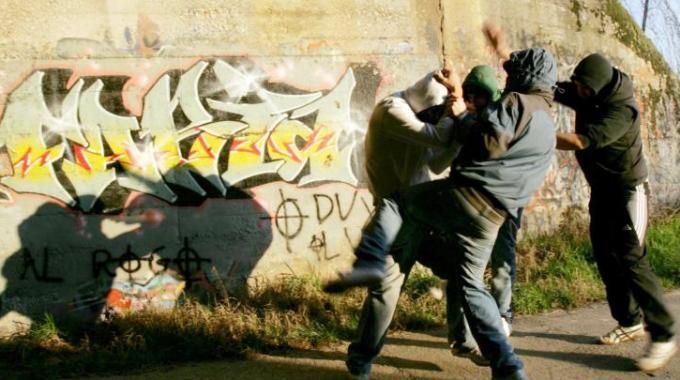 bulli - Combattiamo bullismo e cyberbullismo