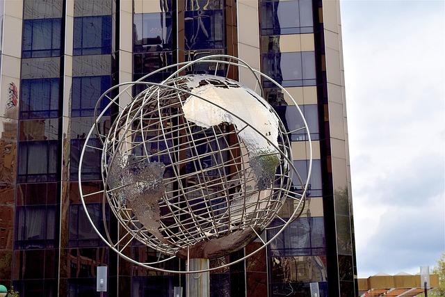 """globe 2258443 640 - Conti (Eurizon Capital): """"Come investire nella ripresa globale sincronizzata"""""""