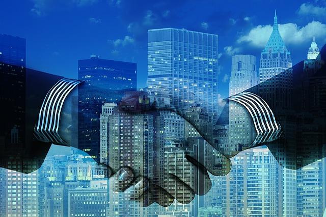 hands 1063442 640 - MiFID II, la nuova disciplina che regola i servizi finanziari europei