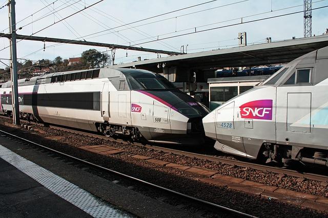 tgv trains 258285 640 - OUI.sncf al posto di Voyages-sncf.com per tutte le tue idee di viaggio