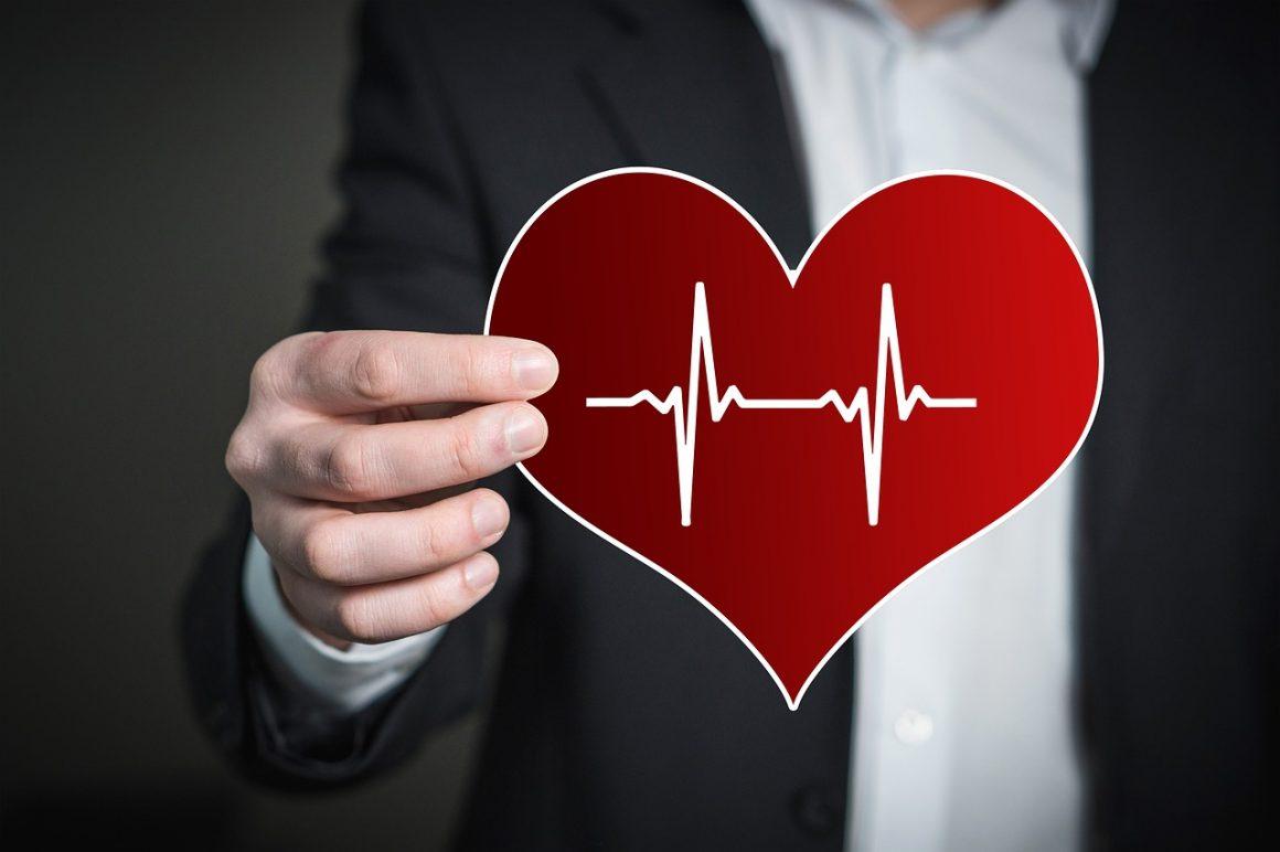 hand 2308932 1280 1160x772 - In Inghilterra i bitcoin avranno impatto sul sistema sanitario?